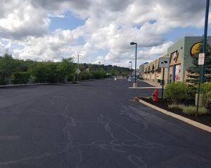 asphalt crack filling